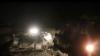 У места нападения смертника в районе Баграм афганской провинии Парван. 17 октября 2018 года.