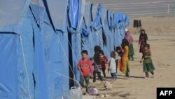 Кабул түбіндегі елдің ішінде босып жүрген ауғандықтарға арналған лагерь, Ауғанстан (Көрнекі сурет).