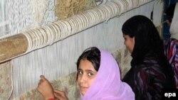 فرش از جمله اقلام مهم صادرات غیرنفتی ایران است.