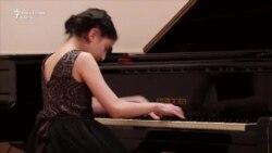 Maestră a pianului la doar 12 ani