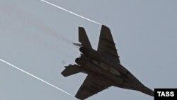 Истребитель МиГ-29 на совместных учениях войск противовоздушной обороны стран СНГ.