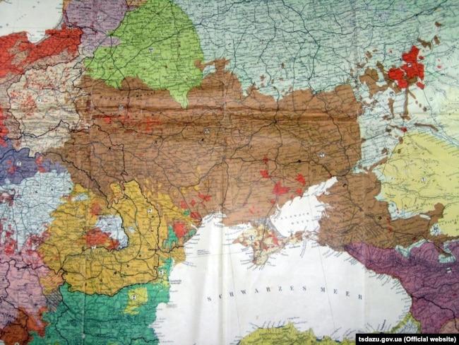 Карта країн і населення Європи професора Дітріха Шефера, 1918 рік, Німеччина. (Щоб відкрити мапу у більшому форматі, натисніть на зображення. Відкриється у новому вікні)