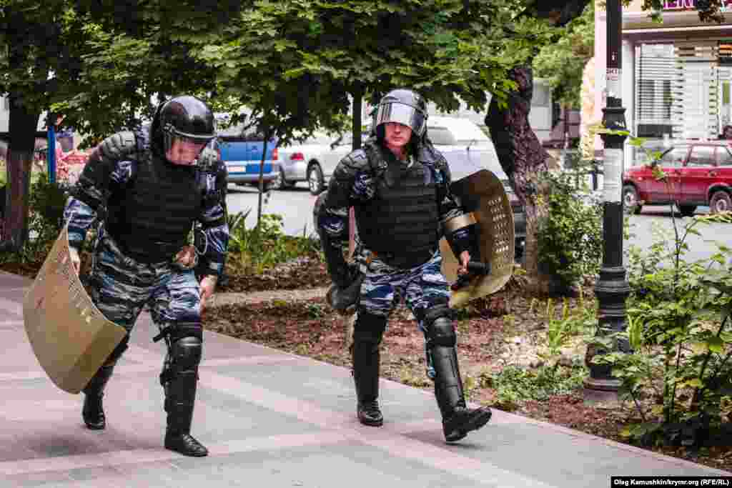 Russian riot police conducting exercises in the center of Simferopol annexed