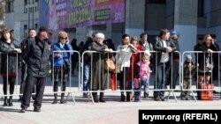 Блокування центру Сімферополя (архівне фото)