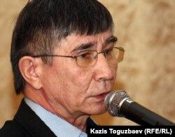Саясаткер Жасарал Қуанышәлин. Алматы, 21 қазан 2011 жыл.