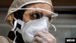 Բուժքույր Իրանի հիվանդանոցներից մեկում, 10-ը մարտի, 2020թ.