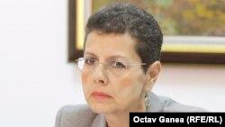 Adina Florea s-a retras după mai multe încercări eșuate ale președintei CSM, Lia Savonea, de a o impune în fruntea secției de investigare a magistraților, pe care majoritatea din sistem vrea s-o desființeze
