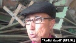 """Раҷабалӣ Ҳасанов, сардори """"Дастаи ҳаваскорорни нобиноён"""" дар шаҳри Кӯлоб."""