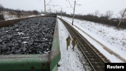 Украинские активисты в зоне блокады