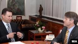 Од вчерашната средба на премиерот Никола Груевски и американскиот дипломат Томас Кантримен