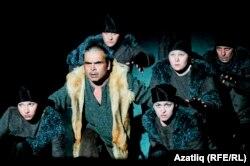 """Нәбирә Гыйматдинованың """"Бүре каны"""" драмасыннан күренеш"""