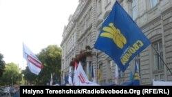 Пікет супротивників мовного закону у Львові 4 липня 2012 року