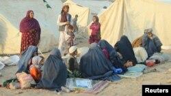 ملل متحد با بیش از ۱۲۰۰ خانواده بیجا شده در لوگر کمک کرد