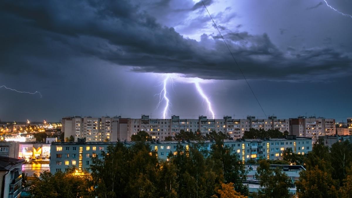 В Киеве в ближайший час начнется гроза – КГГА