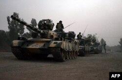 Пакистанская армия до сих пор не может справиться с боевиками в Северном Вазиристане.