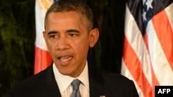 Президент США Барак Обама на Филиппинах объявляет о введении санкций против российских чиновников. 28 апреля