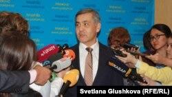 Министр по делам религий и гражданского общества Казахстана Нурлан Ермекбаев. Астана, 18 сентября 2017 года.