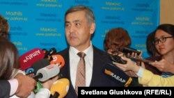 Нұрлан Ермекбаев, Қазақстанның Дін істері және азаматтық қоғам министрі. Астана, 18 қыркүйек 2017 жыл