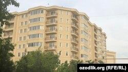 Многоэтажный элитный дом в Алмазарском районе Ташкента.