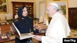 Azərbaycanın birinci ledisi Mehriban Əliyeva Roma papası ilə görüşür, Vatikan, 2014