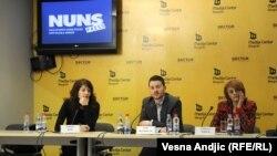 Članovi Helsinškog odbora za ljudska prava predstavljaju izveštaj o zatvorskom sistemu u Srbiji