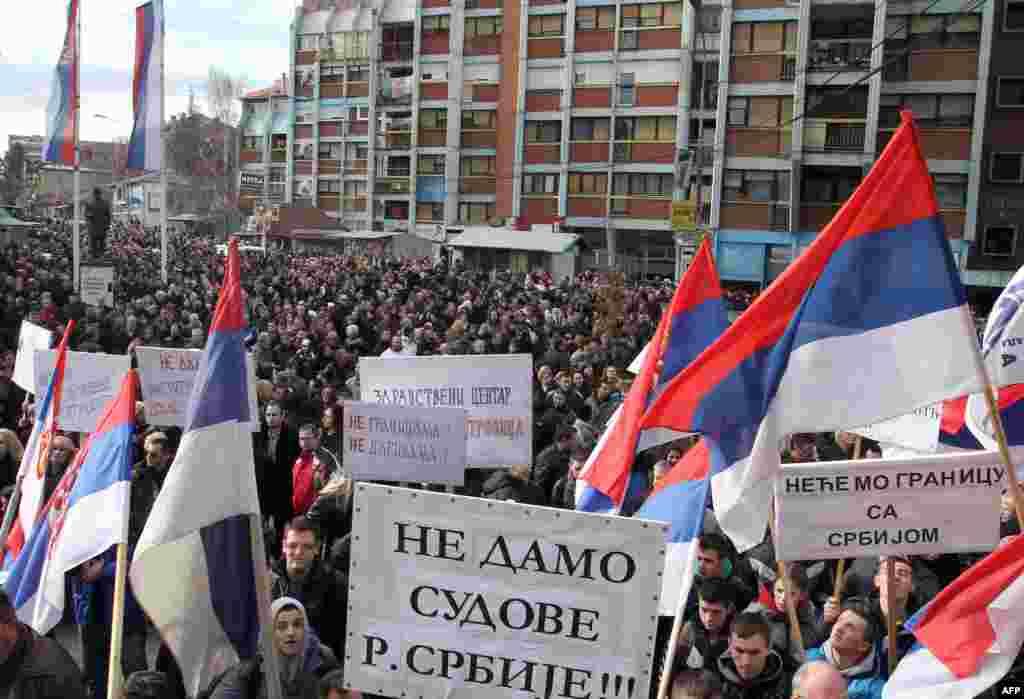 Mitrovica, 30. januar 2013. Foto: AFP / Saša Đorđević