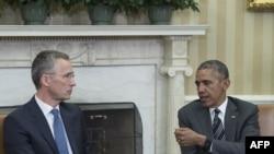 Barack Obama dhe Jens Stoltenberg (majtas) gjatë një takimi të mëparshëm në Shtëpitnë e Bardhë