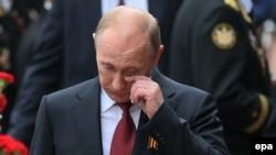 Владимир Путин в Севастополе на Параде Победы, 9 мая 2014 года
