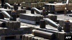 تسلیحاتی که به گفته اسرائیل از ایران عازم نوار غزه بوده و در یک کشتی با پرچم لیبریا کشف شد