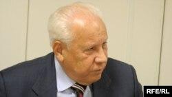 Анатолий Лукьянов в студии Радио Свобода