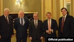 Глава МИД Армении и сопредседатели Минской группы ОБСЕ, Париж, 16 февраля 2019 г.