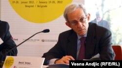 Даниел Сервер, политичкиот аналитичар од Вашингтон и експерт за Балканот.