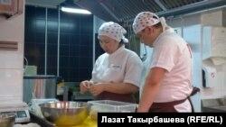 Москвадагы кыргыз мигранттар (сүрөттөгү каармандардын макалага тиешеси жок)