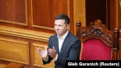 Два законопроекти авторства Зеленського направили до КСУ