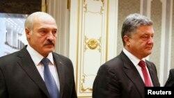 Аляксандар Лукашэнка і Пятро Парашэнка