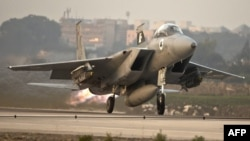 An Israeli F-15 Eagle fighter jet takes off from a Israeli Air Force Base. File photo.