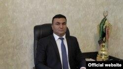 Тоҳир Азиззода.