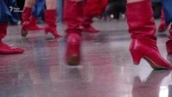 У «Борисполі» танцювали на честь «безвізу» (відео)
