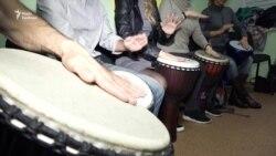 Засновник етно-музичного клубу в Запоріжжі Денис Васильєв