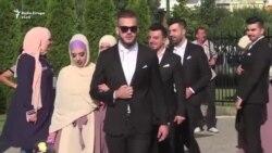 Gjashtëdhjetë çifte martohen në një dasmë islamike në Bosnje