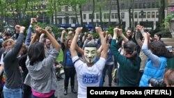 """Участники движения """"Оккупай Уолл-стрит"""". Май 2012 г"""