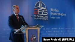 Milo Đukanović na 2BS Forumu