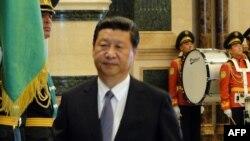 Қытай төрағасы Си Цзиньпин. Ашғабат, 3 қыркүйек 2013 жыл.