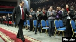 Гагик Царукян на съезде ППА, Ереван, 17 марта 2012 г.
