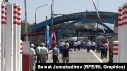 Кыргыз-казак чек арасы 12-августта расмий ачылган.