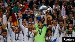 Futbollistët e Real Madridit duke festuar triumfin në Kupën e Kampionëve Evropian