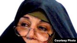 اعظم طالقانی دختر آيت الله طالقانی می گوید مسئولان بايد نيروهای خودسر را از دستگاهها تصفيه کنند.