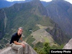 Майами университетінің антрополог-лингвисі Калеб Эверетт.