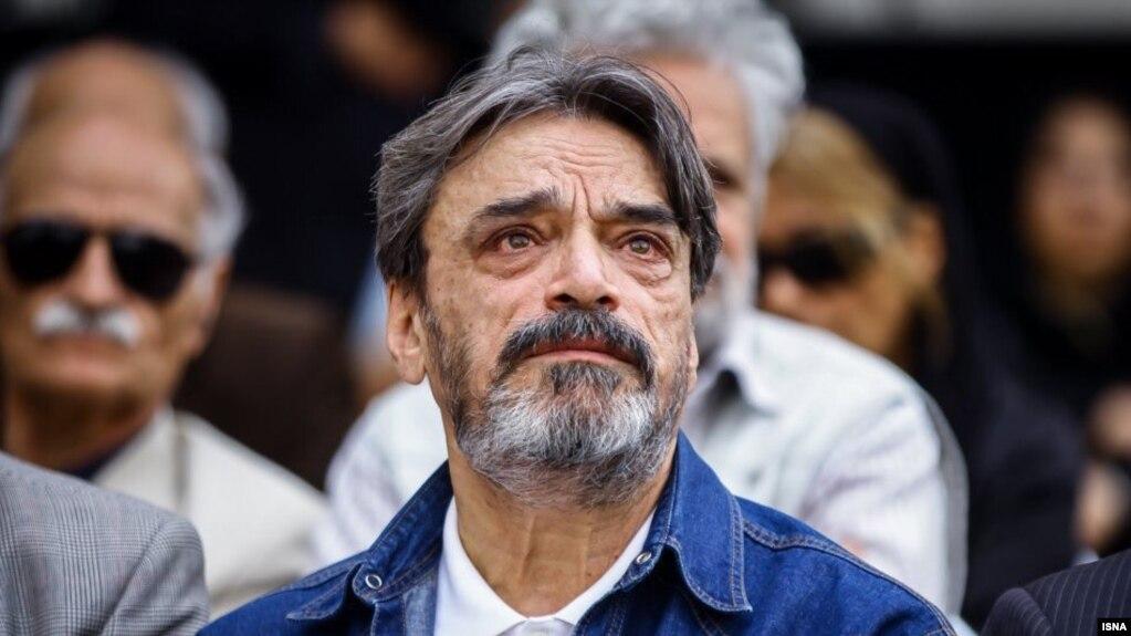 حسین علیزاده در مراسم ختم حسین دهلوی