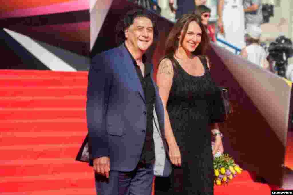 Бахтиёр Худойназаров с актрисой Татьяной Лютаевой